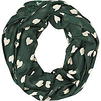 Green heart print snood