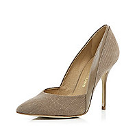 Beige snake pointed court shoes