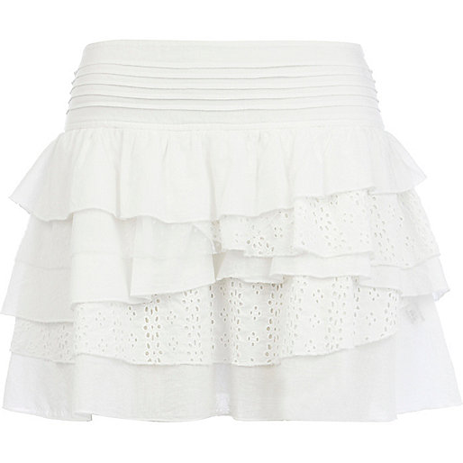 White broderie anglaise tiered mini skirt