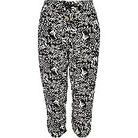 Black and white geometric print crop trousers