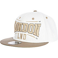 White and beige London print trucker hat