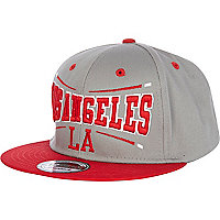 Grey and red LA print trucker hat