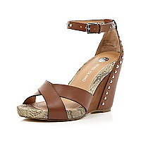 Brown crossover studded snake wedges