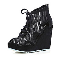Black mesh panel cut out wedges