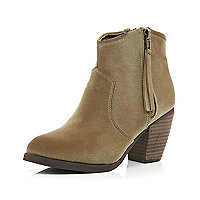 Beige side zip western ankle boots