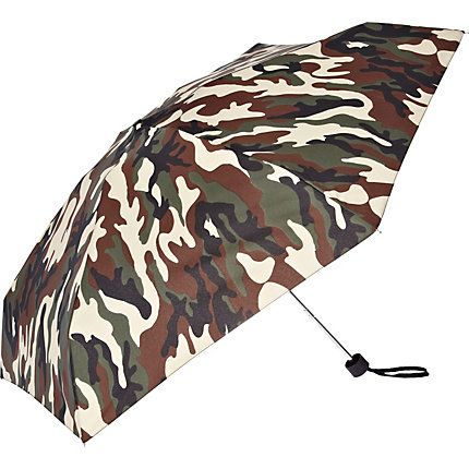 Green camo print umbrella