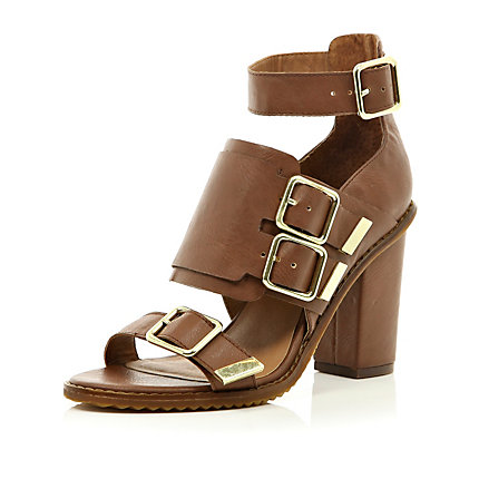 Brown chunky strap buckle sandals