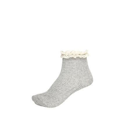 Grey lace frill ankle socks