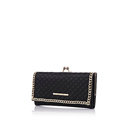 Black quilted chain clip top purse