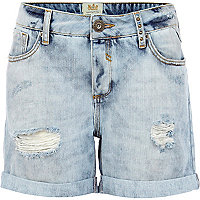 Light wash denim boyfriend shorts