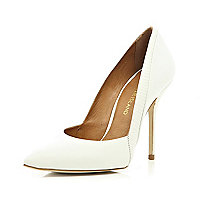 White snake panel pointed court shoes