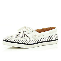 White perforated stripe sole boat shoes
