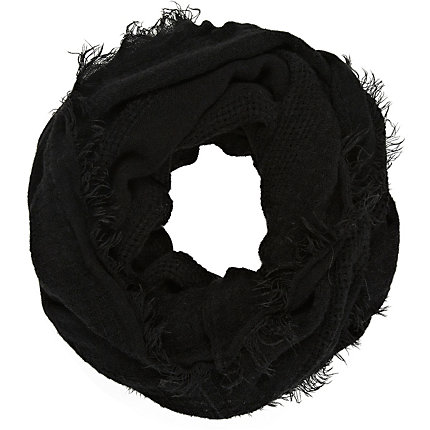 Black gauze laddered snood
