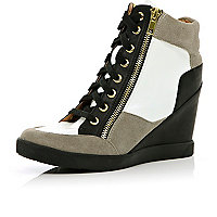 Black contrast panel wedge high tops