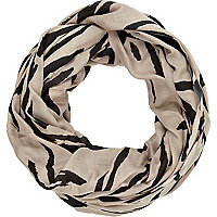 Beige zebra print lightweight snood
