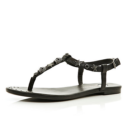 Black skull studded T bar sandals
