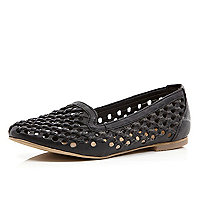 Black woven slipper shoes