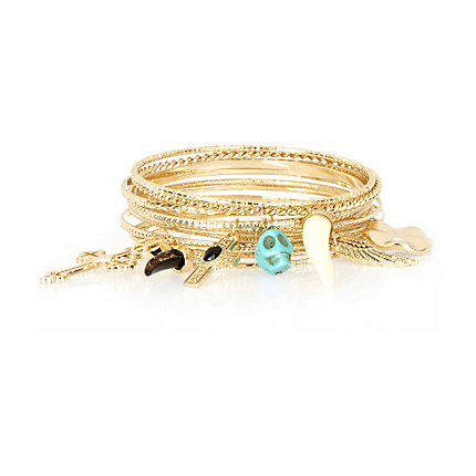 Gold tone hanging charm bangle pack