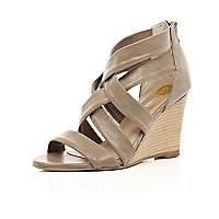 Beige strappy sandal wedges