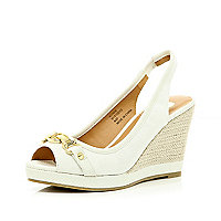White chain front peep toe wedges