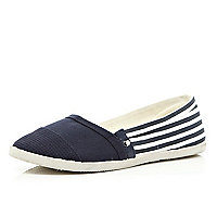 Navy stripe slip on plimsolls
