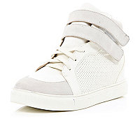 White contrast panel hidden wedge mid tops