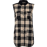 Black check longline sleeveless shirt