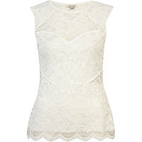 White lace scallop edge sleeveless top