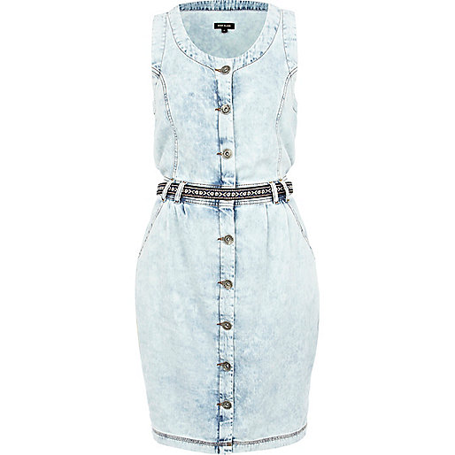 Light acid wash sleeveless denim dress