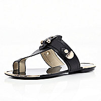 Black metal trimmed toe loop sandals
