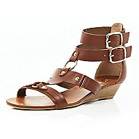 Brown double buckle gladiator sandals
