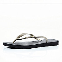 Black and gold Havaianas