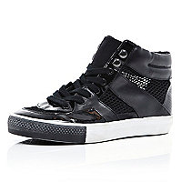 Black mesh insert high tops
