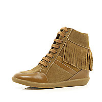 Brown contrast panel fringed wedge high tops