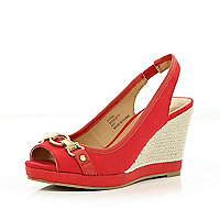 Red chain front peep toe wedges