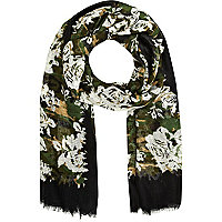 Green camo rose print lightweight scarf