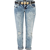 Light wash ripped Cassie boyfriend jeans