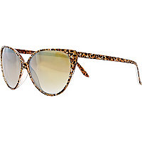 Brown animal print cat eye sunglasses