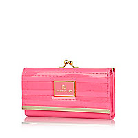 Pink neon patent stripe clip top purse