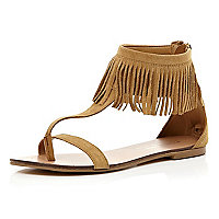 Brown fringed cuff sandals
