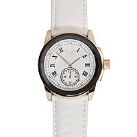 White roman numeral round watch