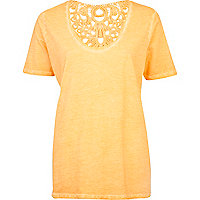 Coral washed lace insert low scoop t-shirt