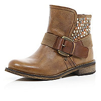 Brown stud panel buckled biker boots