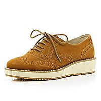 Brown flatform lace up brogues