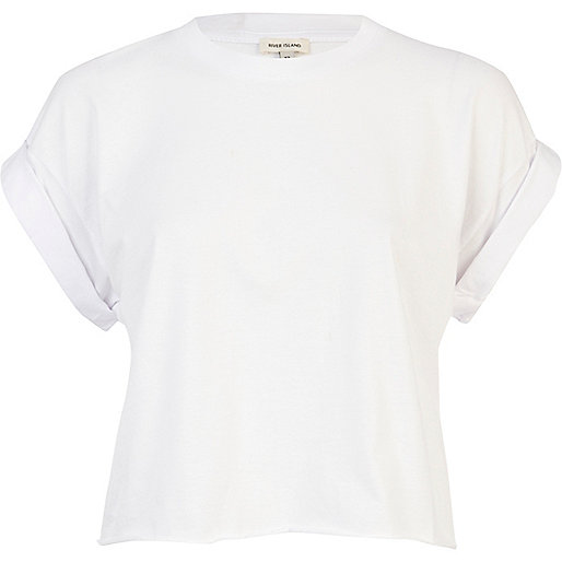 White short sleeve boxy cropped t-shirt