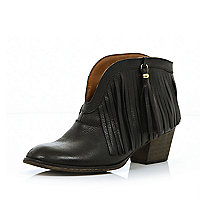 Black fringed ankle boots