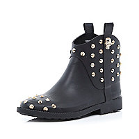 Black skull studded low welly boots
