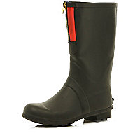 Black statement zip wellies