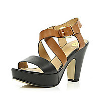 Black cross over strap platform sandals