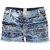 Light wash tie dye embroidered denim shorts